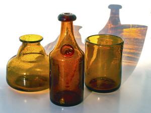 tre bruna vaser